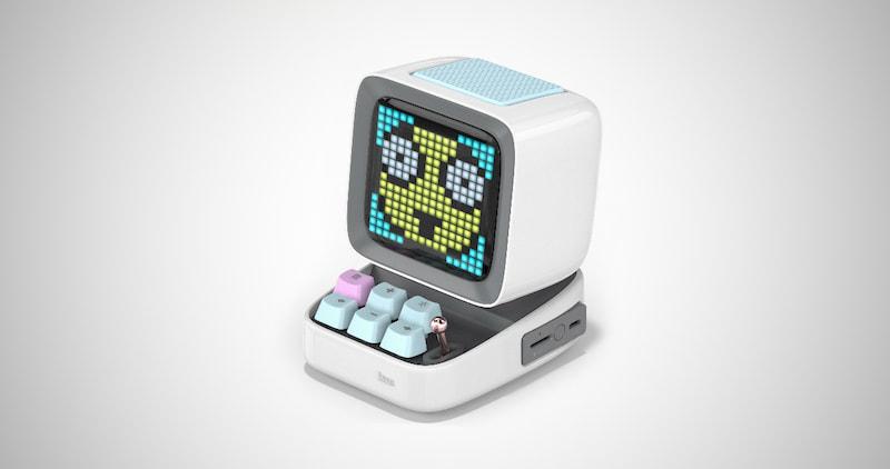 Retro Pixel Art Game & Speaker