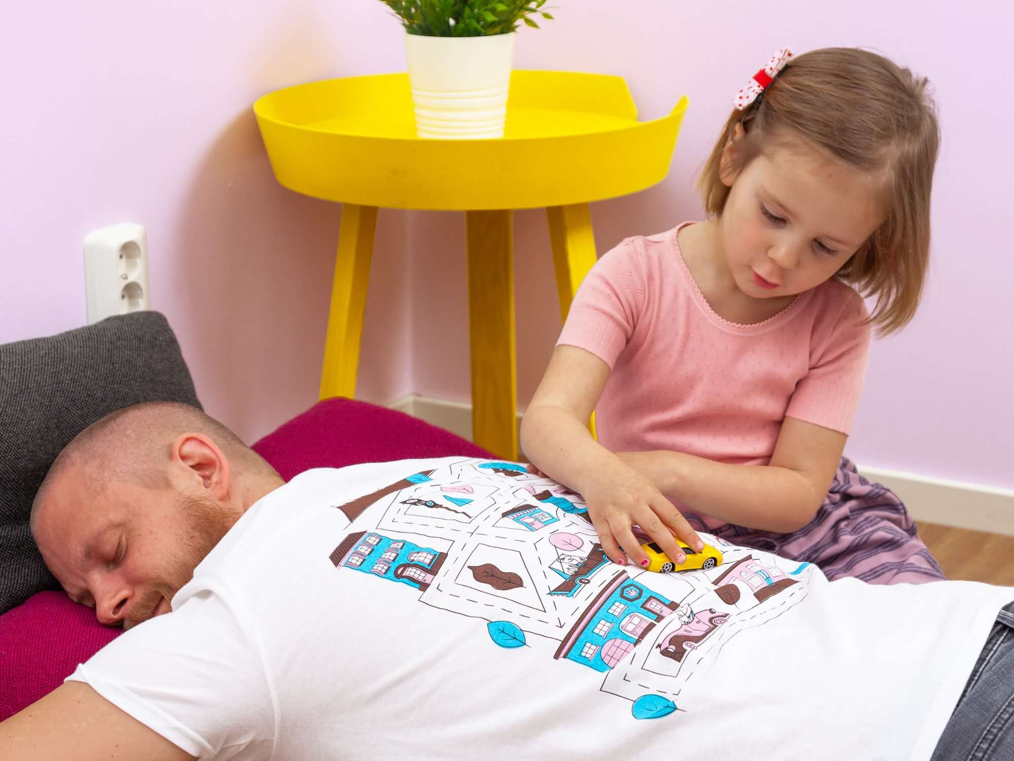 Play Cars On Daddy's Back T-Shirts