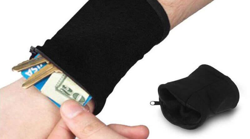 Clöudz RFID Protection Wrist Wallet