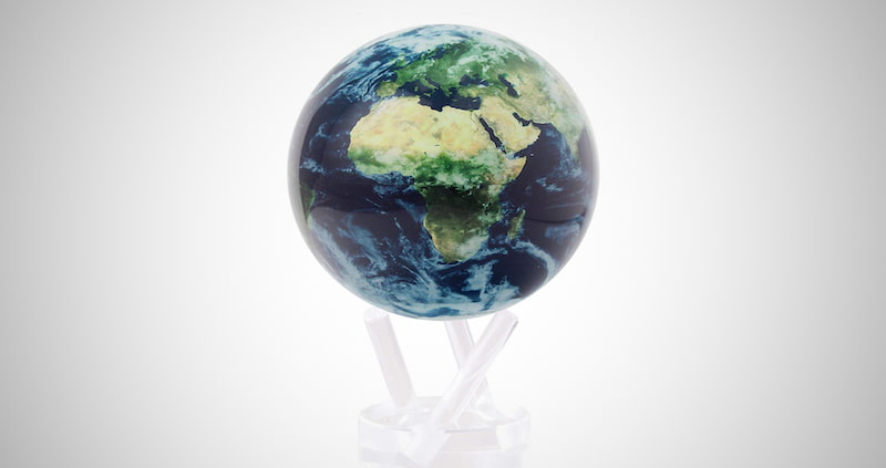 Earth with Clouds Interactive Rotating Globe