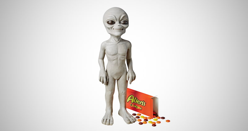 The Out-of-this-World Alien Statue