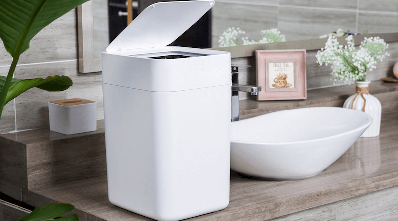 Self-Changing Kitchen Trash Can