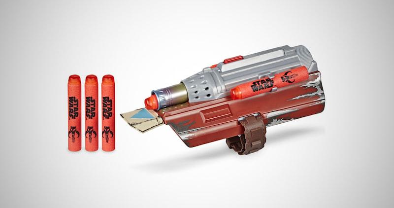 The Mandalorian Rocket Gauntlet