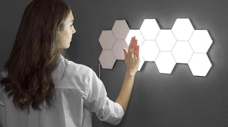 Touch-Sensitive Hexagonal Wall Lights