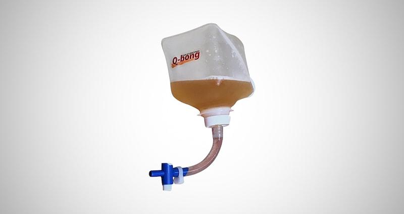Q-Bong Pressurized Beer Bong