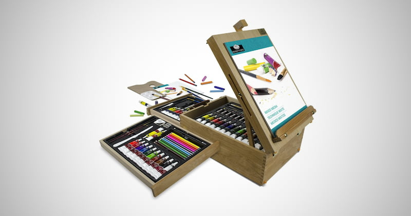 The All Media Easel Artist Set