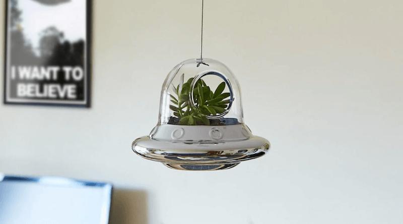 UFO Plant Holder