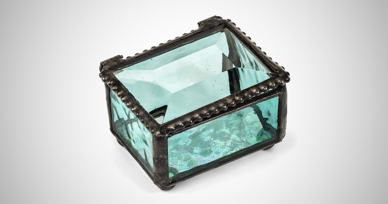 Small Jewelry Keepsake Case