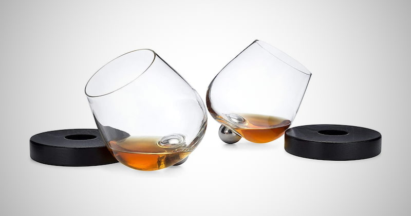 No Spill Spinning Aerating Glass