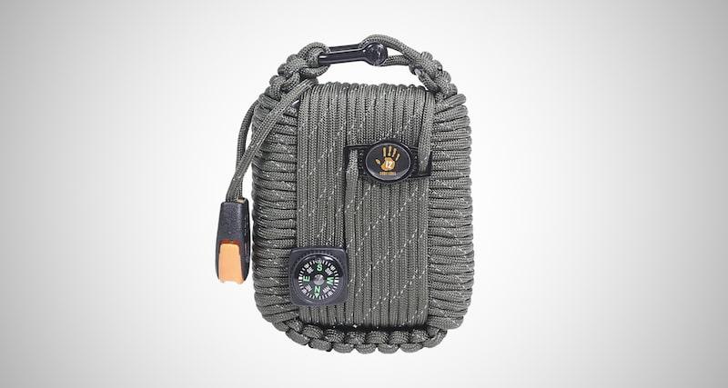12 Survivors Paracord Survival Kit