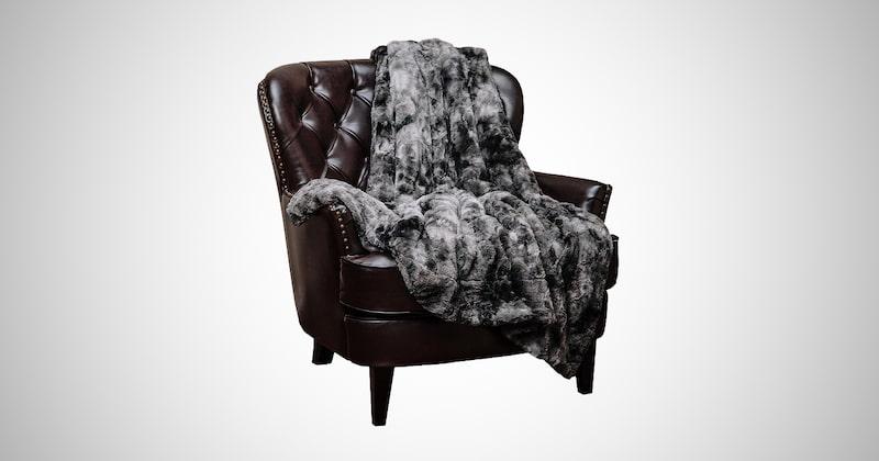 Fuzzy Faux Fur Throw Blankets