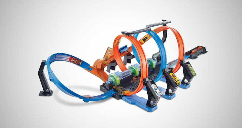 Hot Wheels Corkscrew Crash Track
