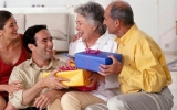 21 Gifts for Parents 2019: Gift Ideas for Older Parents